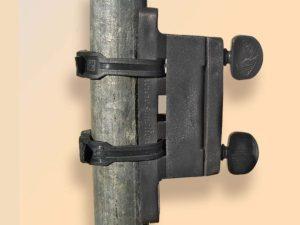 Isolateur + 2 colliers Noir 8CN