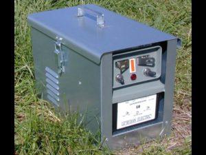 Electrificateur batterie et secteur E8